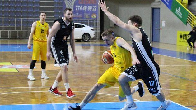 Opava i Nymburk si zahrají semifinále play off. Jako poslední vybojovaly postup mezi elitní čtyřku Pardubice - ilustrační foto.
