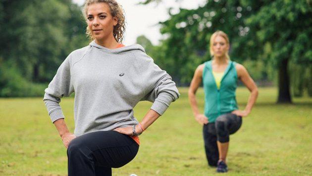 Rozcvičení a strečink jsou důležitou složkou tréninku.