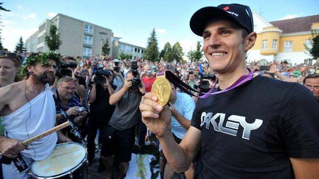 Obyvatelé Ústí nad Orlicí uvítali doma zlatého olympijského bikera Jaroslava Kulhavého.