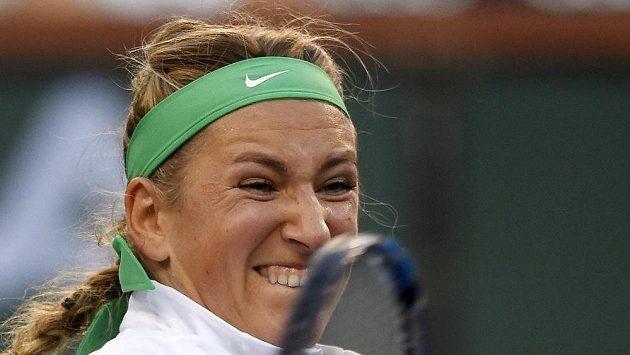 Běloruská trnistka Viktoria Azarenková v zápase se Slovenkou Magdalénou Rybárikovou ve čtvrtfinále turnaje v Indian Wells.