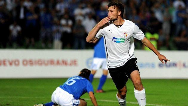 Radost plzeňského útočníka Tomáše Wágnera z úvodního gólu zápasu.