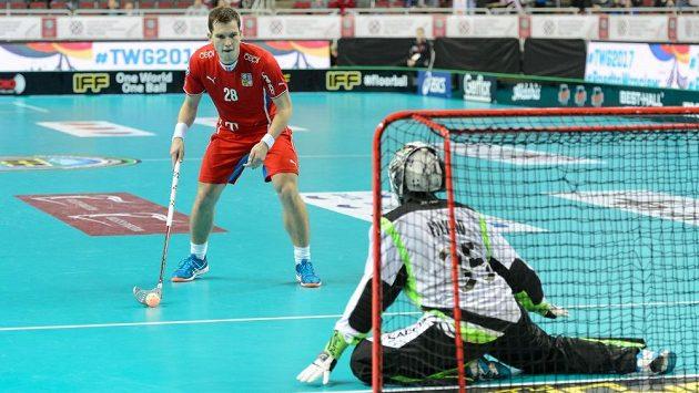 Matěj Jendrišák a jeho úspěšný nájezd v zápase mistrovství světa proti Norsku.
