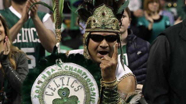 Nadšení fanoušků Boston Celtics! Jejich miláčkům chybí k postupu v sérii s Washingtonem jediná výhra.