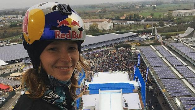 Česká snowboardistka Šárka Pančochová na archivním snímku.
