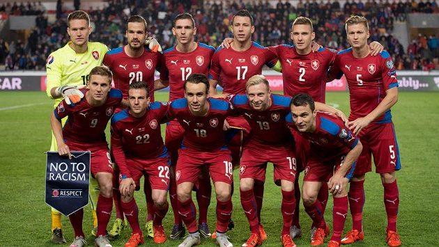 Národní tým před utkáním kvalifikace ME s Turky. Postup měli Češi jistý dlouho předem, o jejich nasazení pro los se však teď rozhoduje už bez nich...