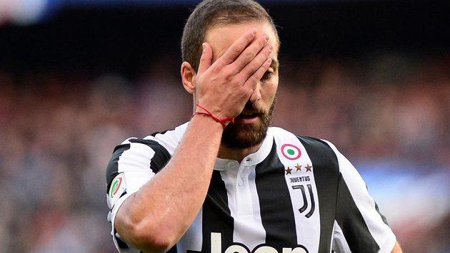 Zklamaný Gonzalo Higuaín.