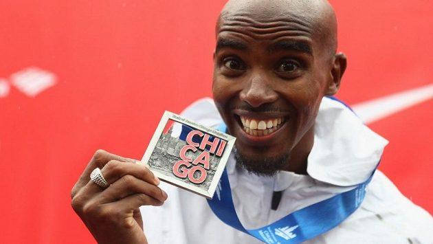 Zlatý over-hattrick: Teprve třetí maratón v životě. Výsledek? Vítězství, britský rekord, evropský rekord.