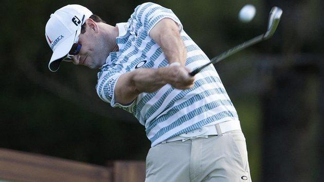 Americký golfista Zach Johnson (na snímku) vede turnaj na Havaji.