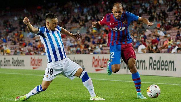 Martin Braithwaite z Barcelony (vpravo) se blýskl dvěma góly a asistencí