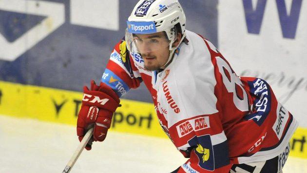 V širší nominaci hokejové dvacítky pro MS nechybí ani pardubický zadák Jan Ščotka.
