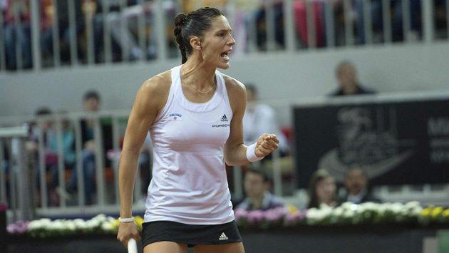 Německá tenistka Andrea Petkovicová ve fedcupovém utkání proti Rusku.