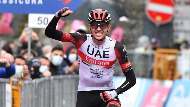 Čtvrtou etapu Gira vyhrál Američan Joe Dombrowski