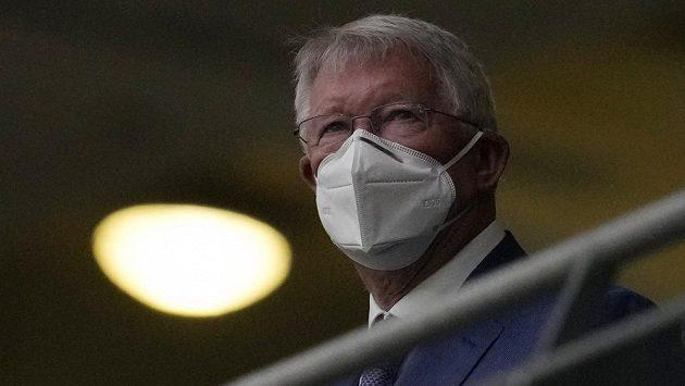 Sir Alex Ferguson na tribuně stadionu Wembley před utkáním Anglie - Skotsko.