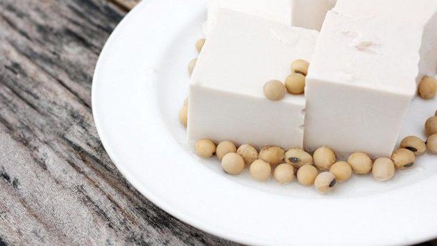 Je tofu vhodným zdrojem bílkovin pro sportovce?