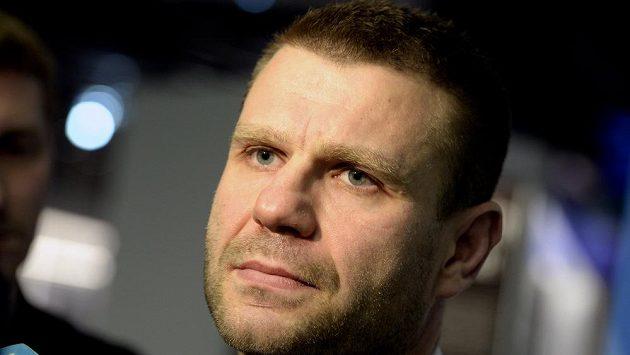 Trenér českých hokejových juniorů Václav Varaďa.