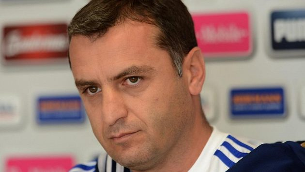Trenér Arménie Vardan Minasjan.