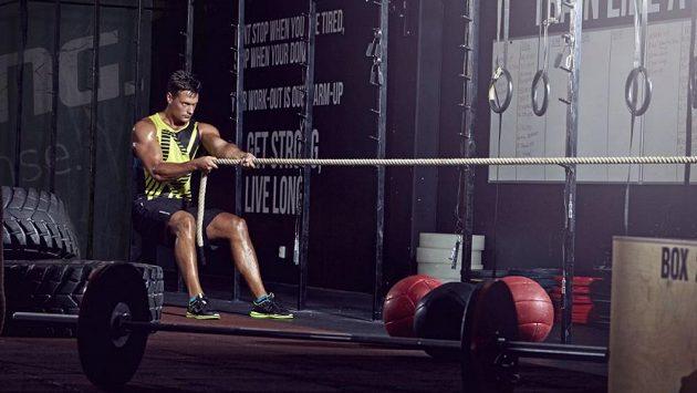 Pokud si chceme běh užívat co možná nejdéle, musíme v přípravě procvičovat celé tělo.