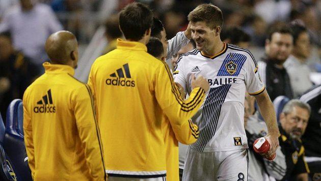 Steven Gerrard po vystřídání.