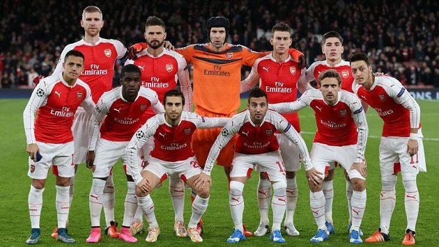 Fotbalisté Arsenalu před zápasem Ligy mistrů s Dinamem Záhřeb.