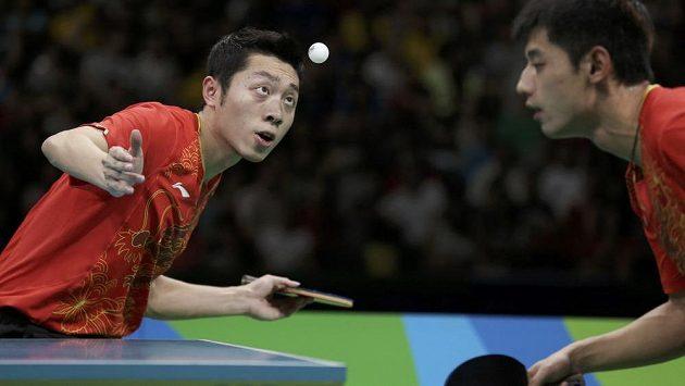 Stolní tenisté Číny vyhráli v Riu i soutěž družstev.