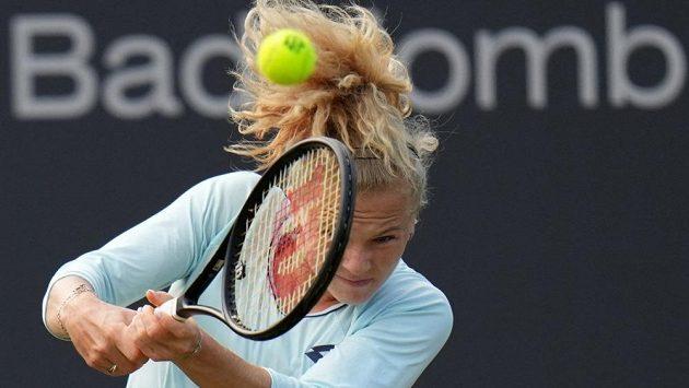 Kateřina Siniaková na travnatém turnaji v Bad Homburgu.