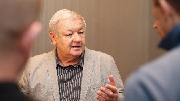 Český trenér Milan Máčala.