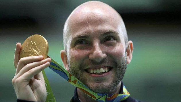 Ital Niccolo Campriani se stal olympijským vítězem ve střelbě ze vzduchové pušky.