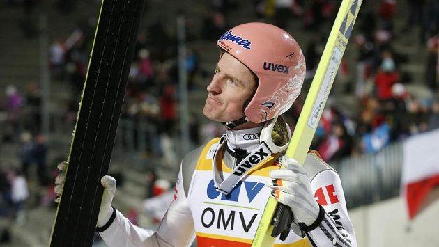 Německý skokan Freund ovládl uplynulou sezónu.