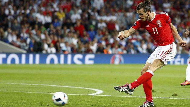 Gareth Bale vstřelil na letošním ME už tři góly, skóroval v každém utkání.