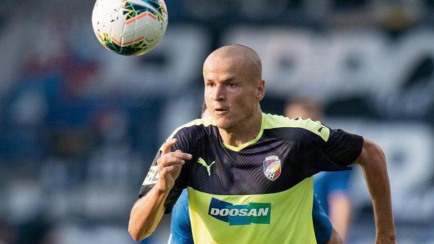 Adam Hloušek odložil dres Viktorie Plzeň.