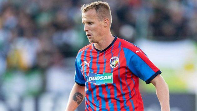 Plzeňský fotbalista David Limberský na podzim v lize dohrál, je zraněný.