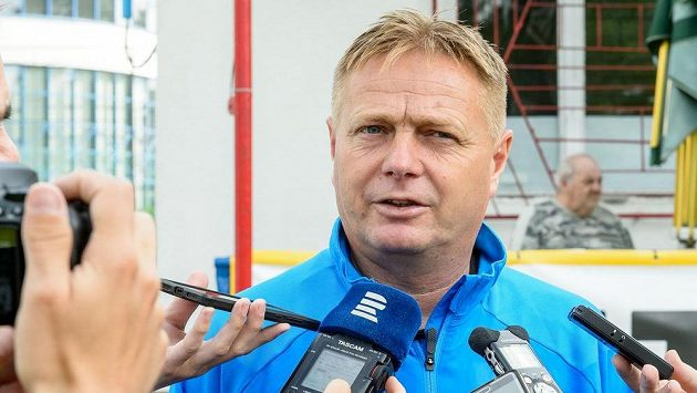 Trenér Teplic Stanislav Hejkal při začátku přípravy
