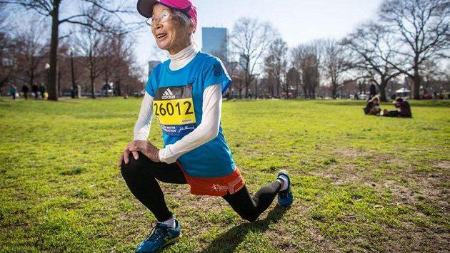 Rekord nepadl, přesto Japonka Yoko Nakano v Bostonu svoji kategorii 80+ vyhrála.