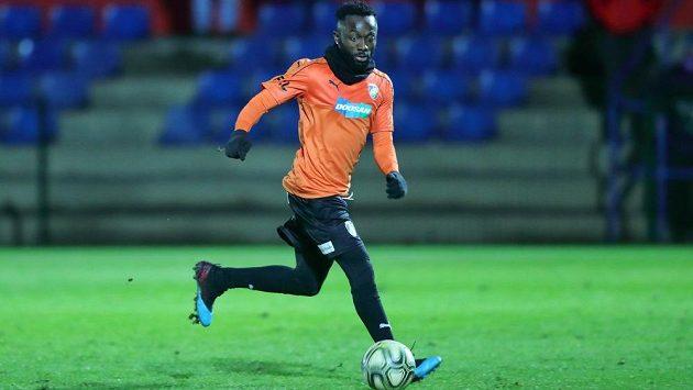 Jedna ze tří ofenzívních posil Plzně Joel Kayamba v přípravném utkání proti Ústí nad Labem.