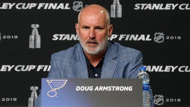 Generální manažer St. Louis Blues Doug Armstrong.