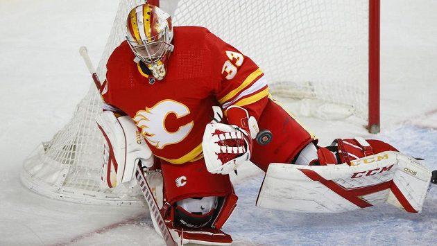 David Rittich předvedl spolehlivý výkon, ale prohře Calgary nezabránil.