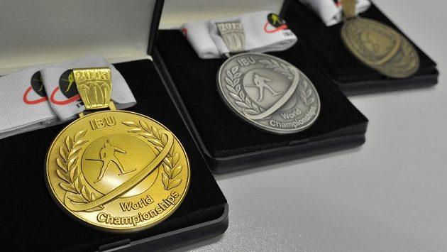 Medaile pro mistrovství světa v biatlonu, které uspořádá Nové Město na Moravě.