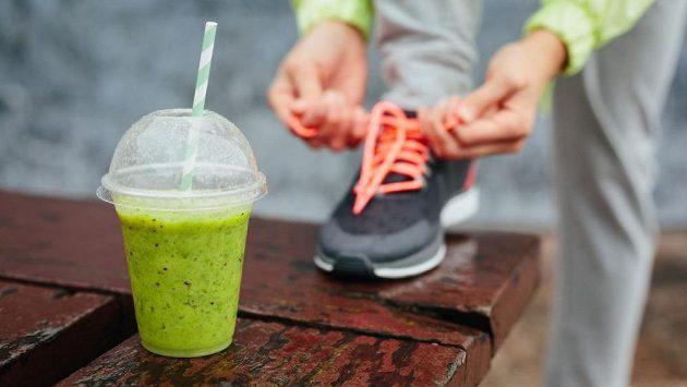 Může být něco zdravějšího než smoothie? Jak se to vezme.