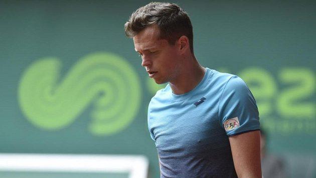 Adam Pavlásek z ČR (na snímku) vyhrál na tenisovém challengeru Moneta Czech Open 2018 v Prostějově nad Pablem Cuevasem z Uruguaye.
