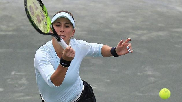 Švýcarská tenistka Belinda Bencicová dohrála v Charlestonu ve čtvrtfinále.