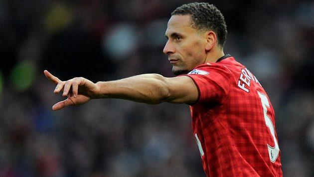 Rio Ferdinand otevřeně promluvil o platech fotbalistů i jiných sportovců.