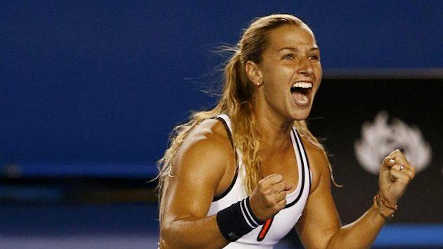 Slovenská tenistka Dominika Cibulková se raduje z postupu do čtvrtfinále Australian Open.