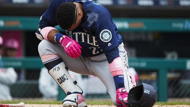 Robinson Canó jako by zpytoval svědomí. V zámořské MLB dostal kvůli pozitivní dopingové zkoušce vysoký trest.