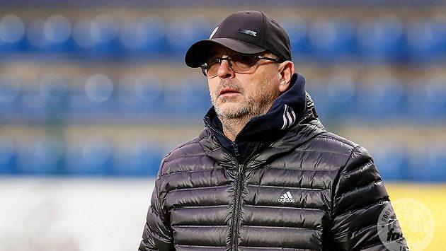Trenér fotbalistů Karviné Bohumil Páník.