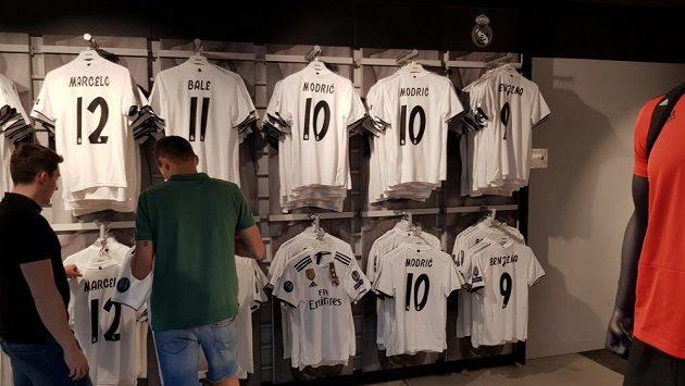 Ve fanshopu Realu Madrid se již brzy objeví i ženské dresy.