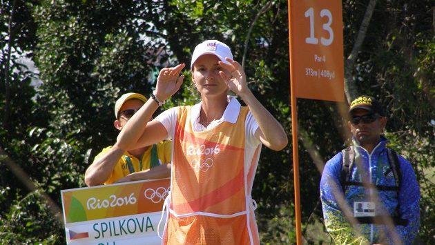 Eva Koželuhová pomáhá na olympiádě Kláře Spilkové.