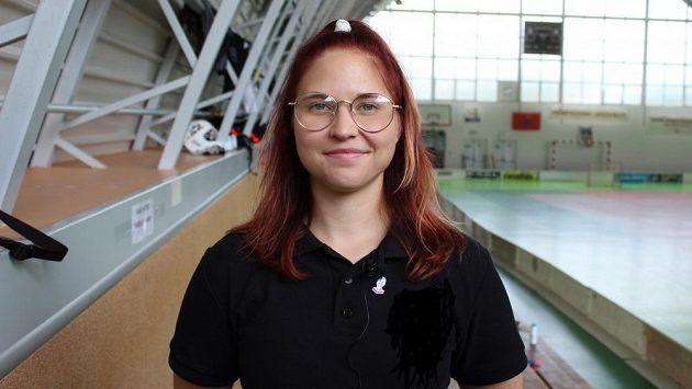 Florbalová trenérka Monika Chromá.