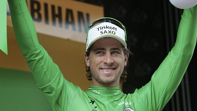 Slovenský cyklista Peter Sagan v zeleném trikotu na Tour de France.