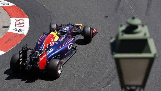 Němec Sebastian Vettel z Red Bullu.