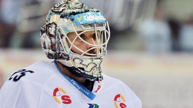 Brankář hokejového Liberce Ján Lašák.